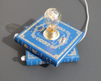 Lampe Livre Amours historiques